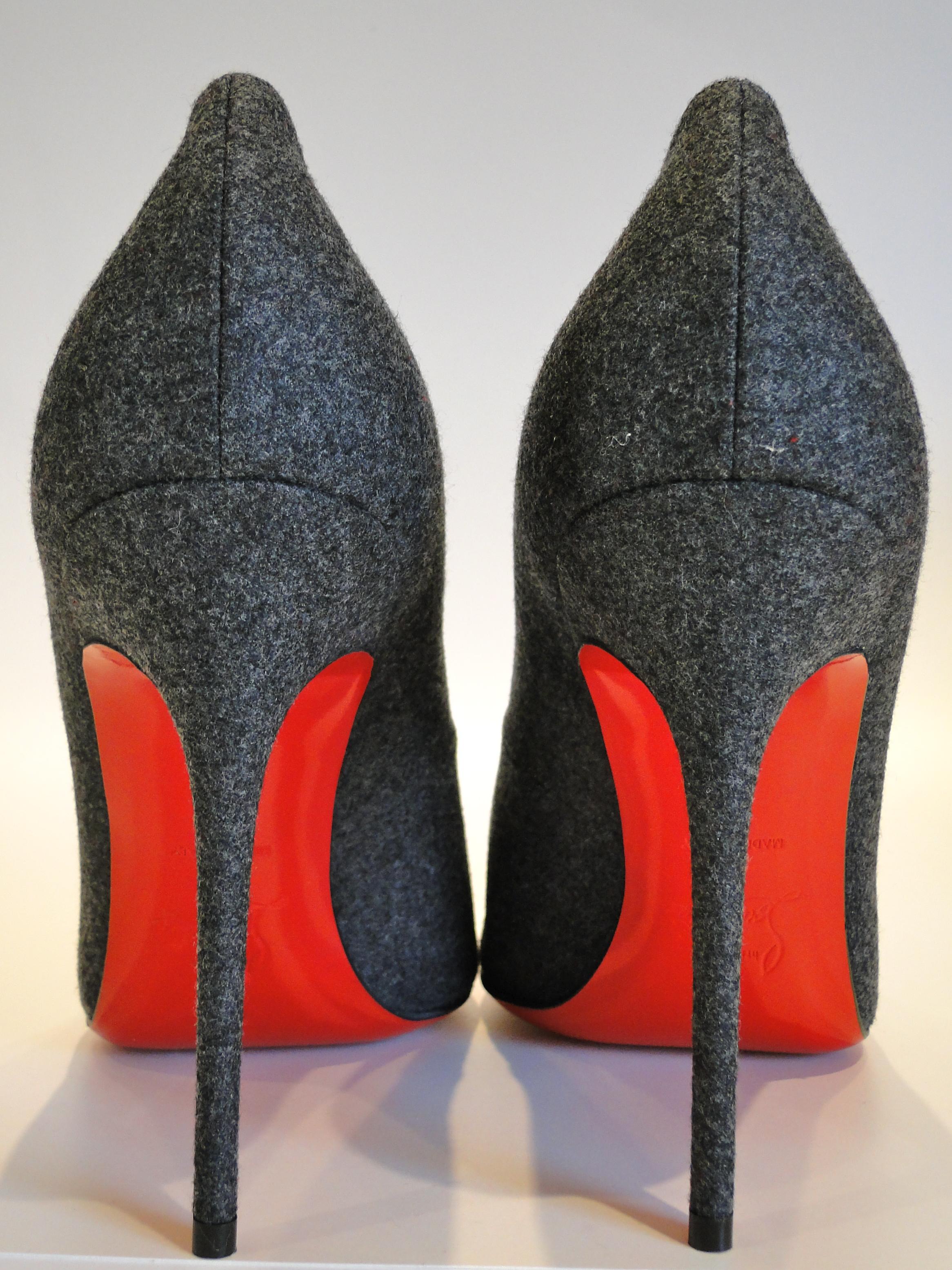 sports shoes 536ee 72e2e Christian Louboutin Geo Pumps - The Luxe List