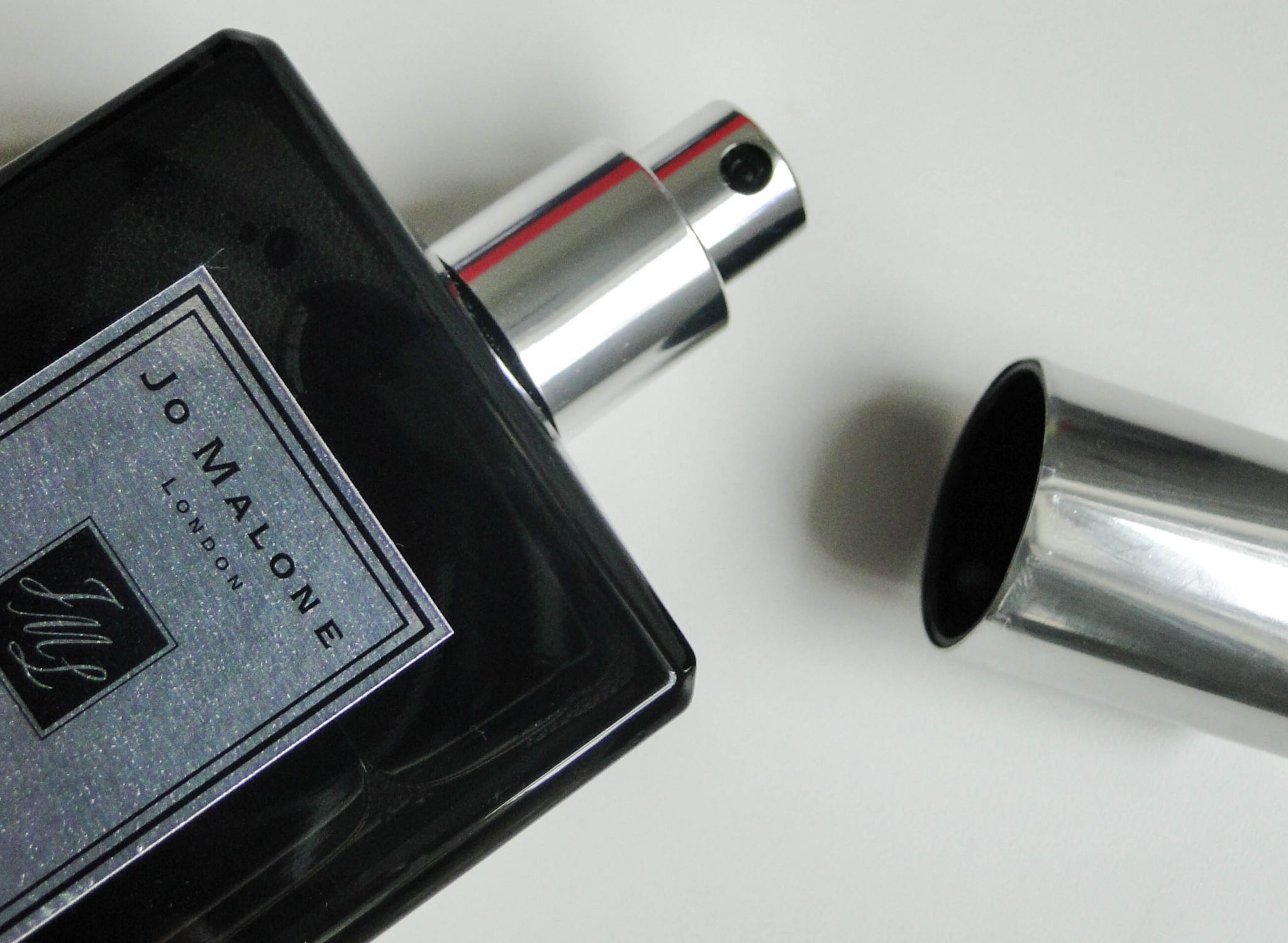 Jo Malone Velvet Rose & Oud Dry Body Oil-3