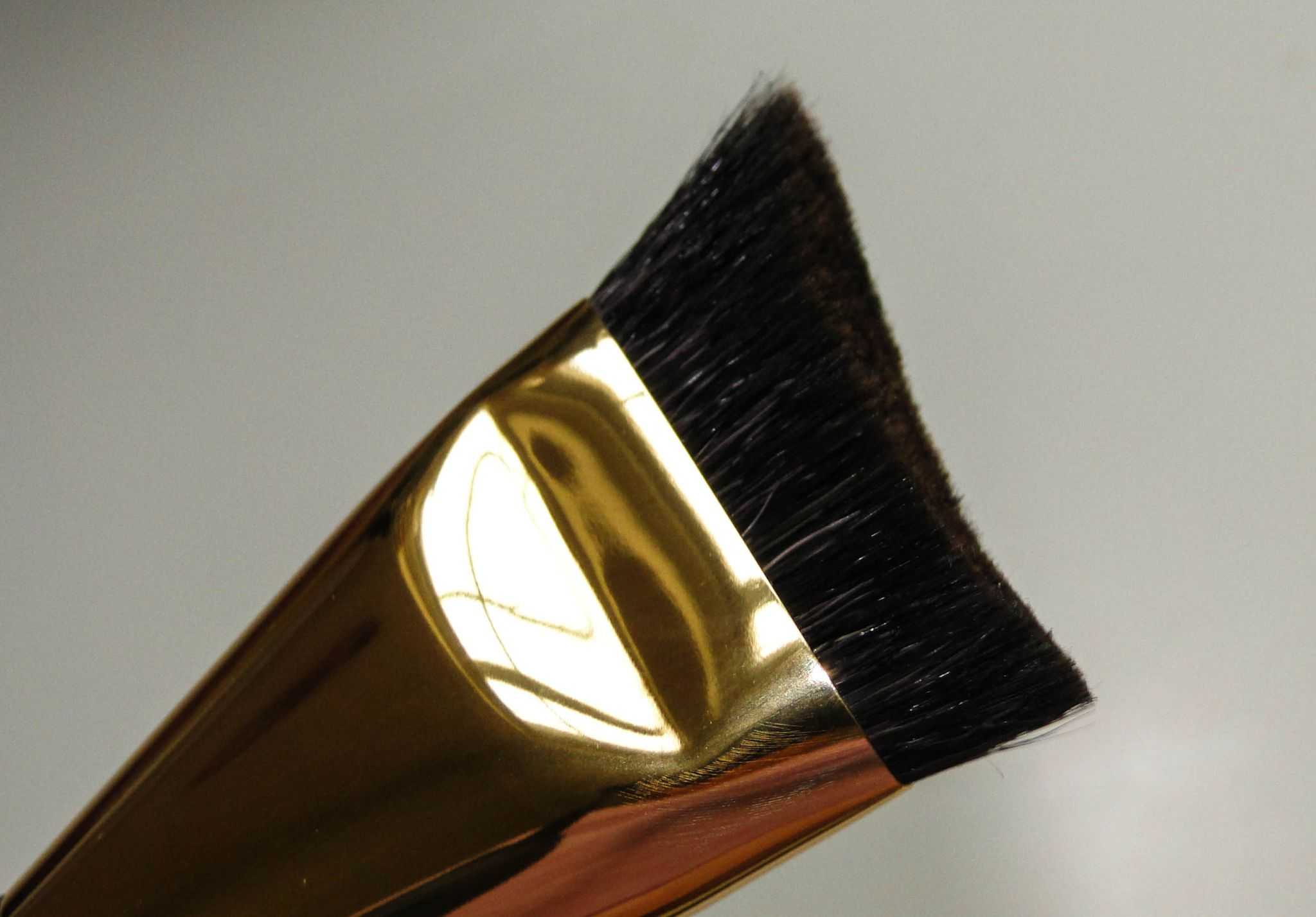 Estee Lauder Sculpting Foundation Brush 2-2