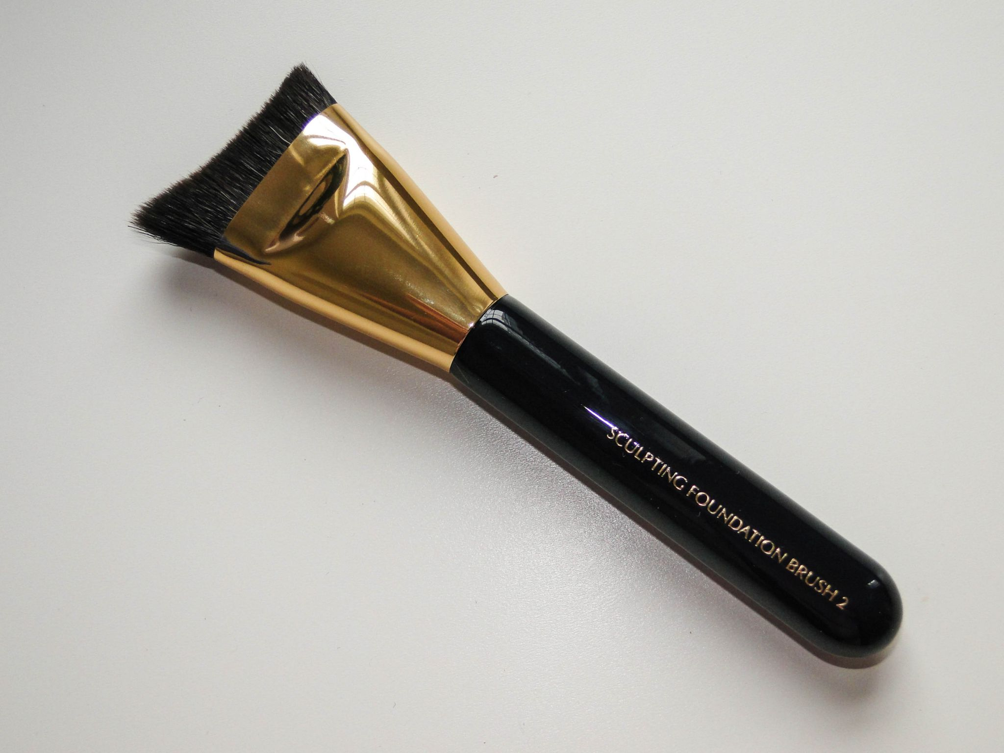 Estee Lauder Sculpting Foundation Brush 2