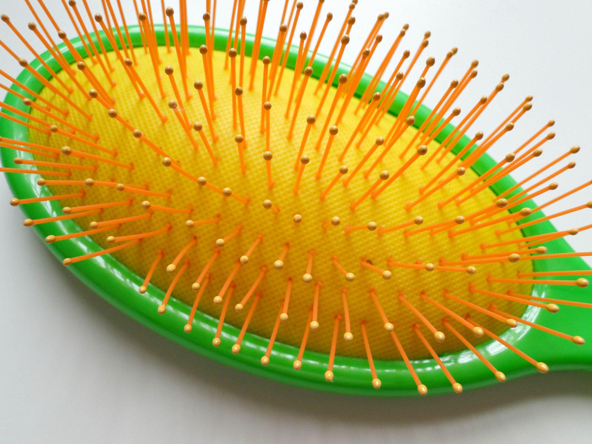 The Wet Brush Neon-2
