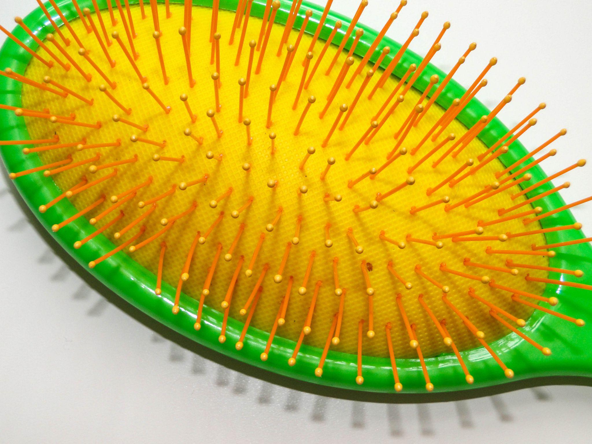 The Wet Brush Neon-3