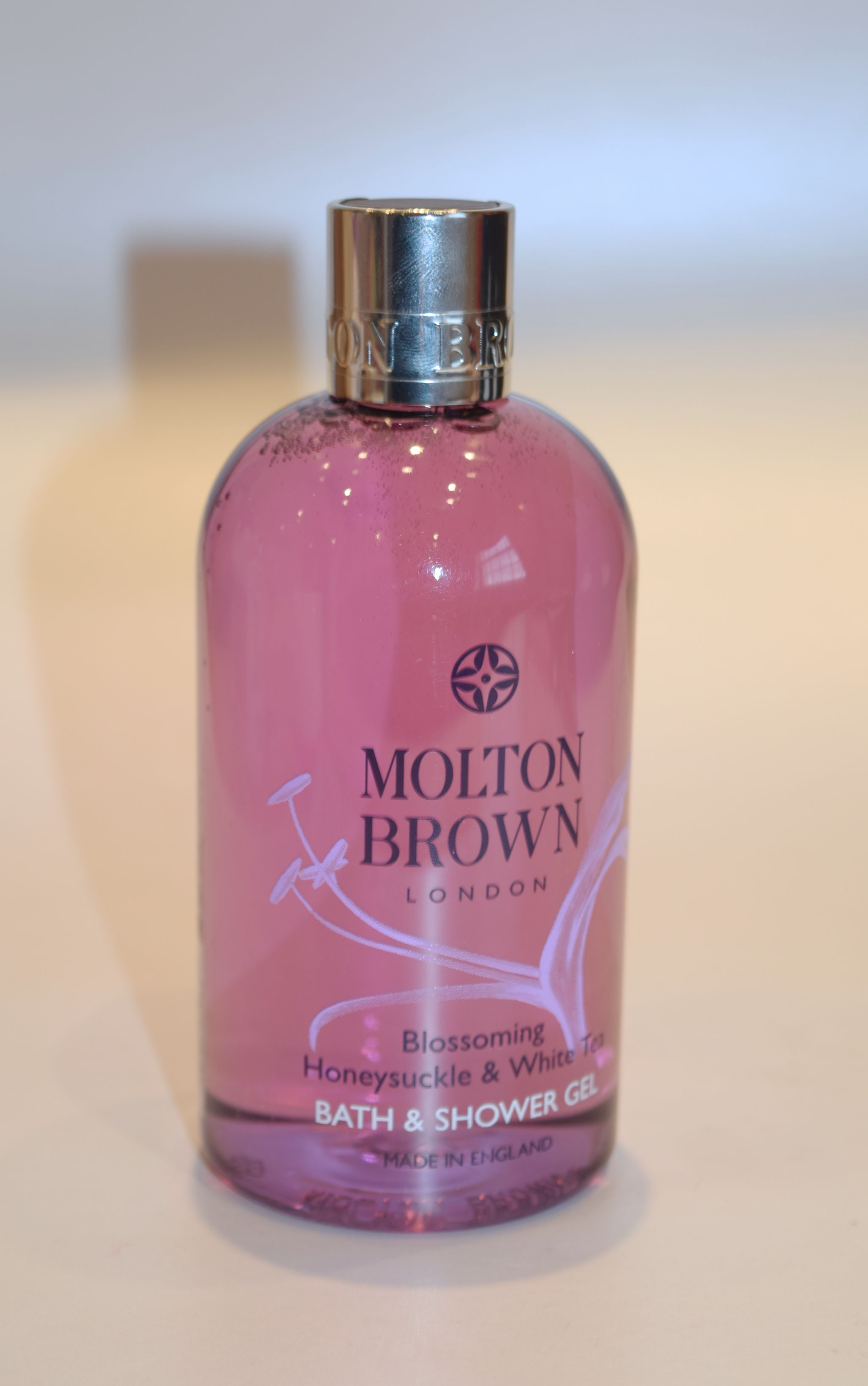Molton Brown Blossoming Honeysuckle & White Tea Bath and Shower Gel