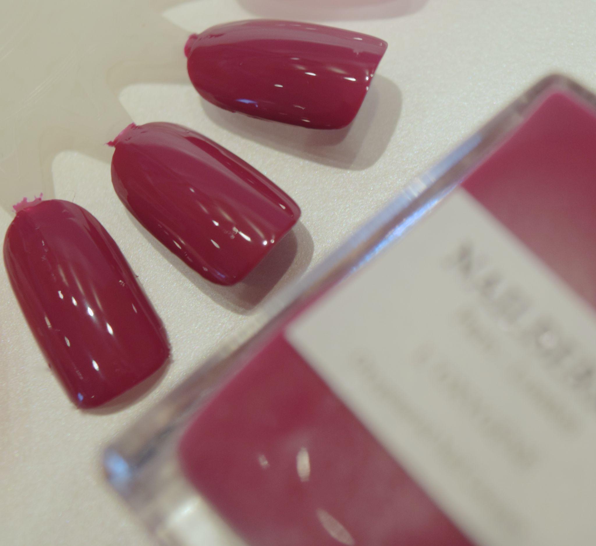 Nail Bery Raspberry 1