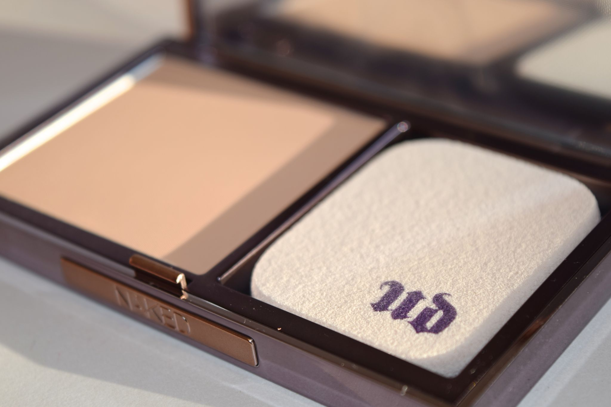 Urban Decay Naked Powder Foundation2