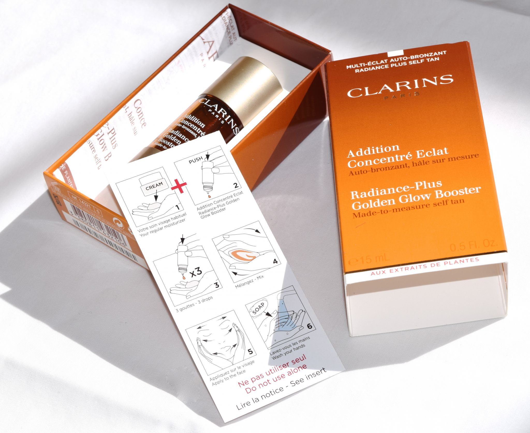 Clarins Radiance-Plus Golden Glow Booster 1