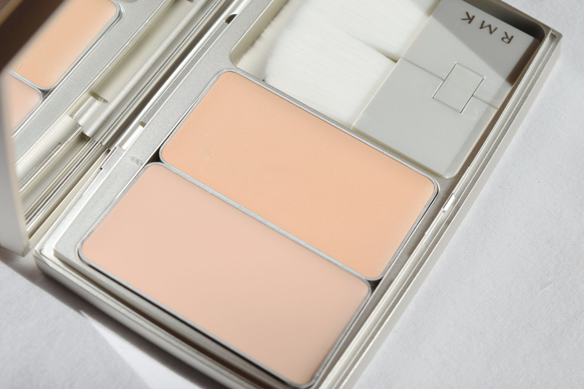 RMK Casual Solid Foundation 1