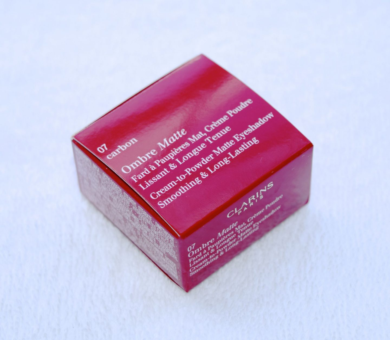 Clarins Ombre Matte Cream-to-Powder Matte Eyeshadow 07 Carbon