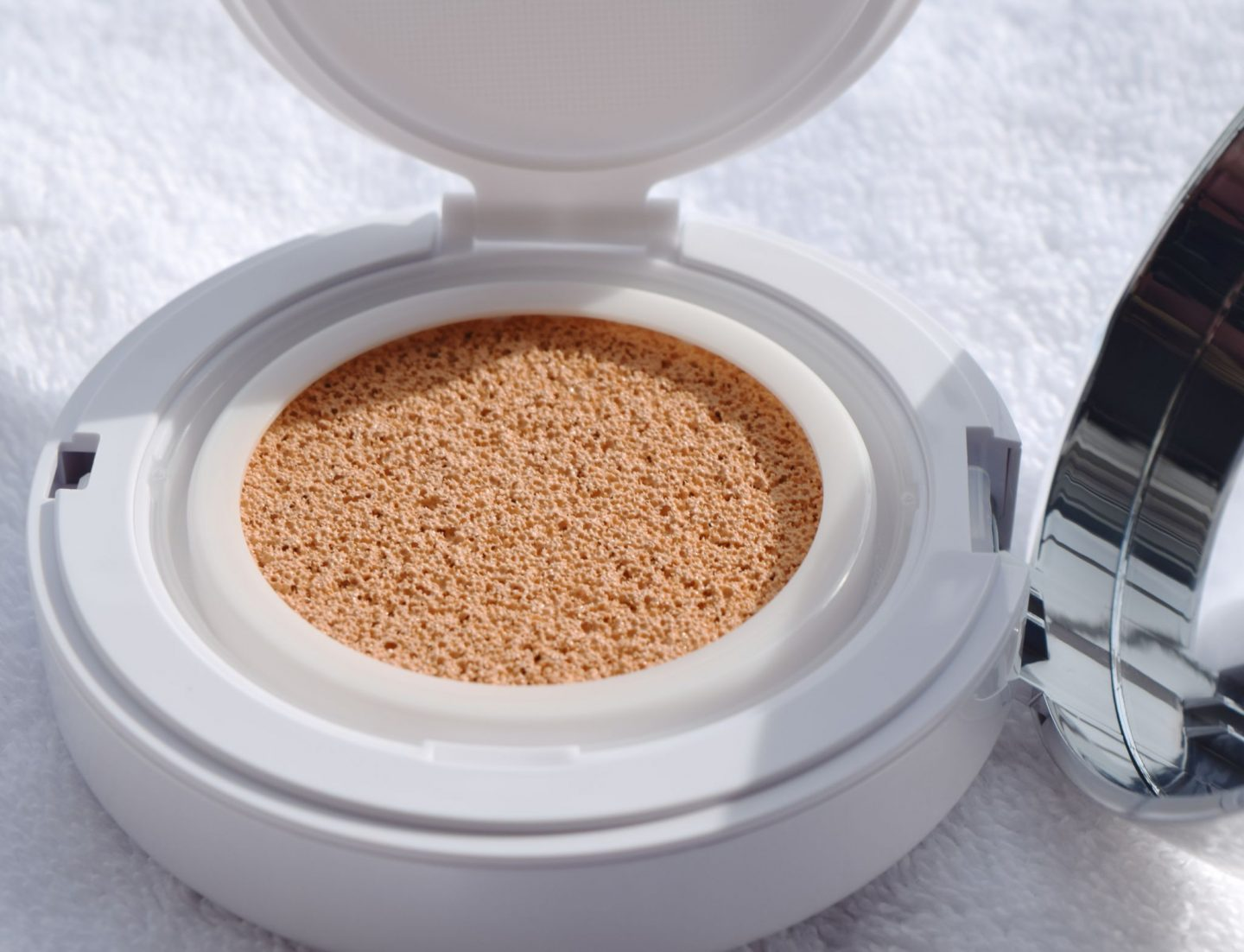Lancome Miracle Cushion Foundation 3