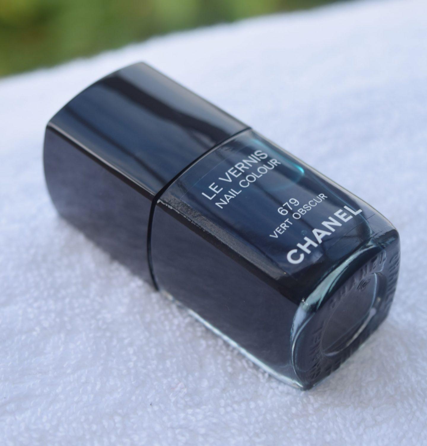 Chanel Le Vernis Vert Obscur 1