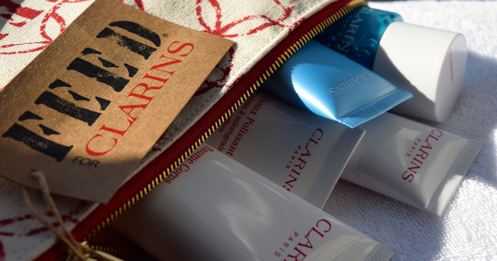 clarins feed 10 gift with purpose the luxe list clarins feed 10 gift with purpose 2015 2