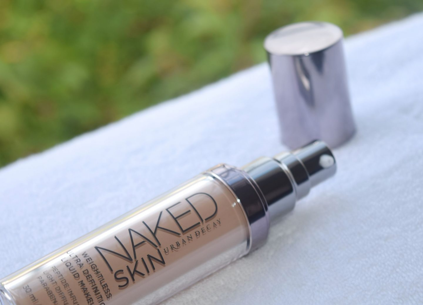 Urban Decay Naked Skin Weightless Foundation 0.5 review