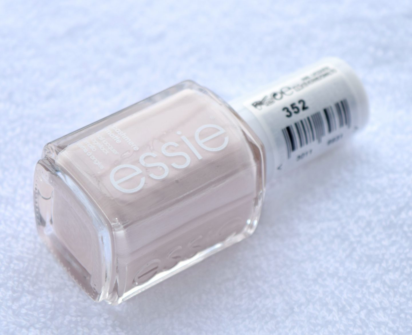 Essie Wrap me Up