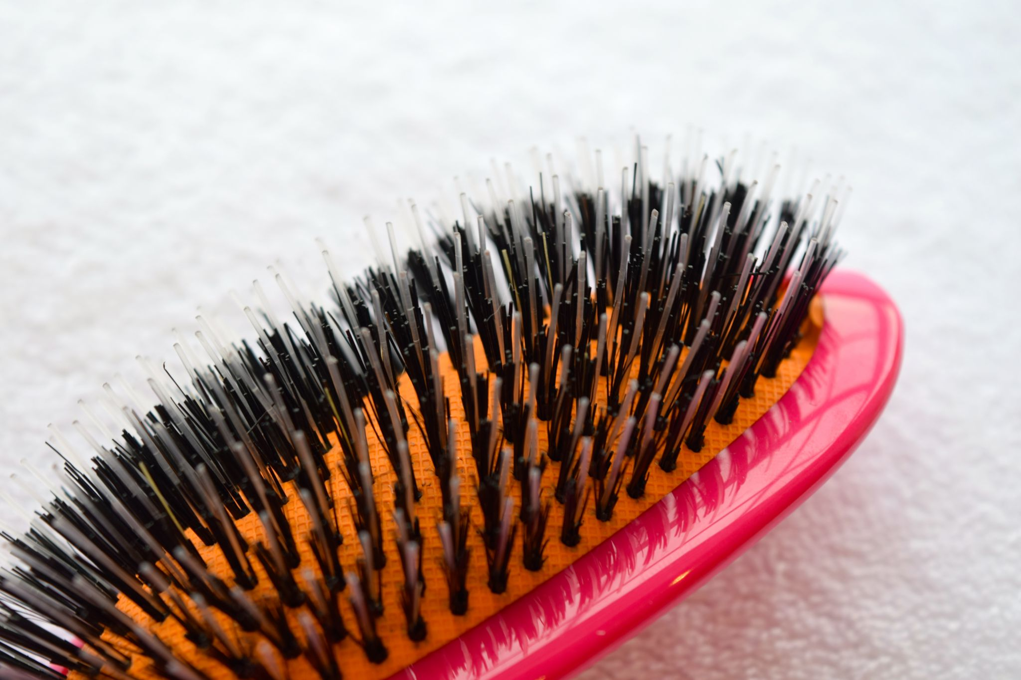 Rock & Ruddle Boar Bristle Brush Pink 3