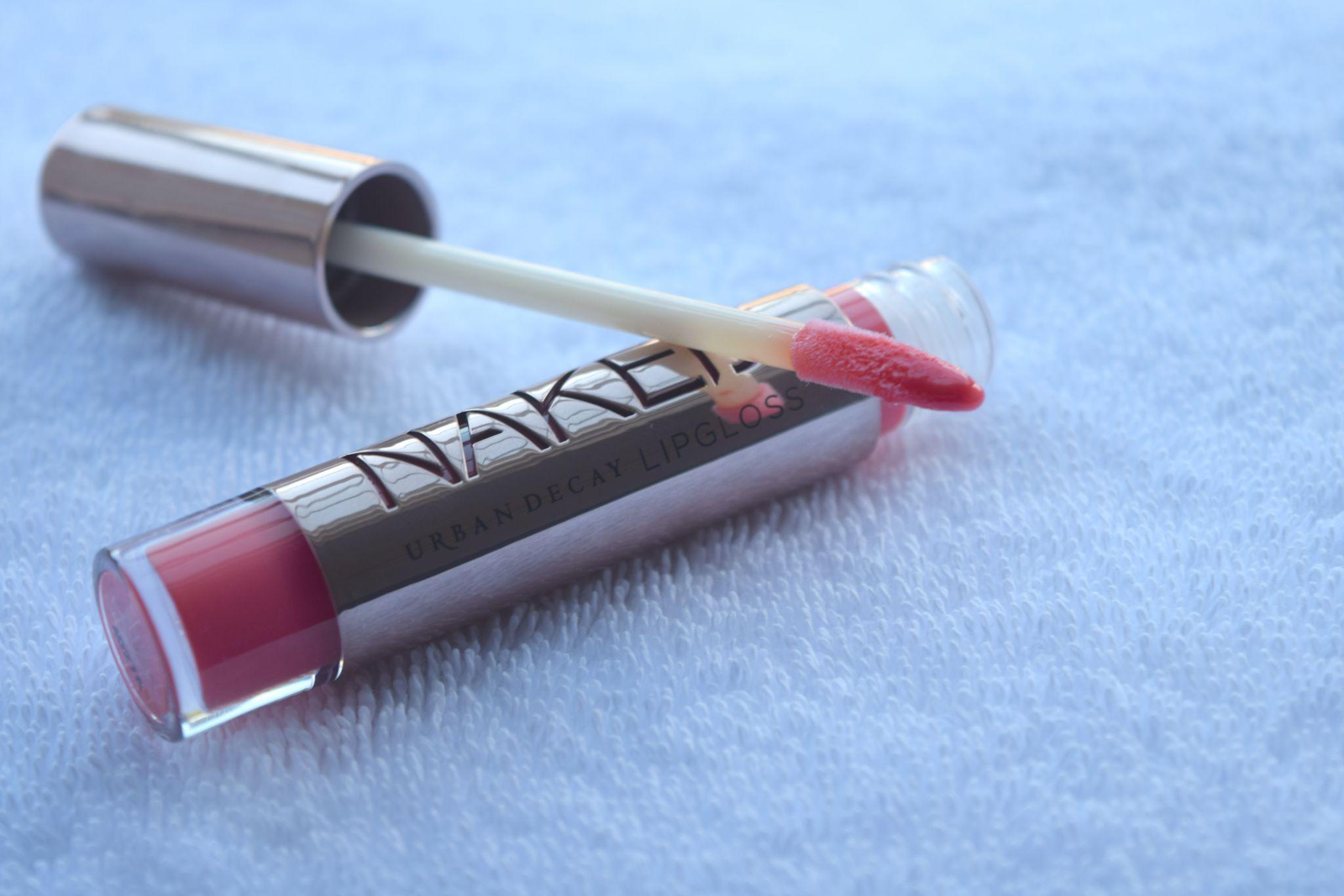 Urban Decay Naked Lipgloss - streak 1