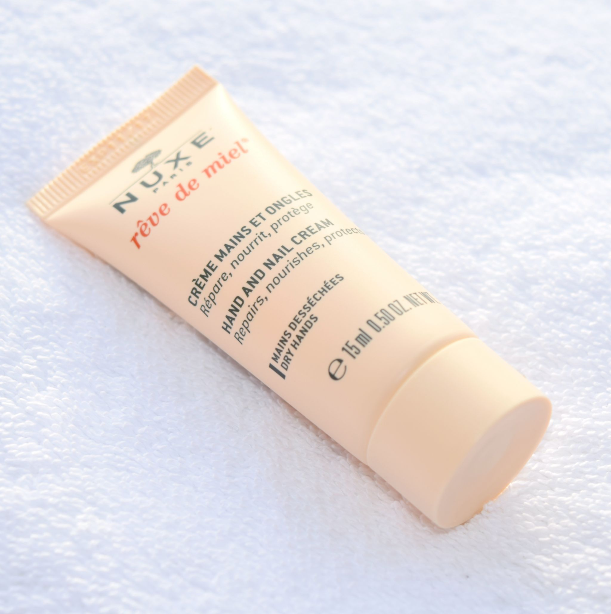 Nuxe Cracker reve de miel hand and nail cream