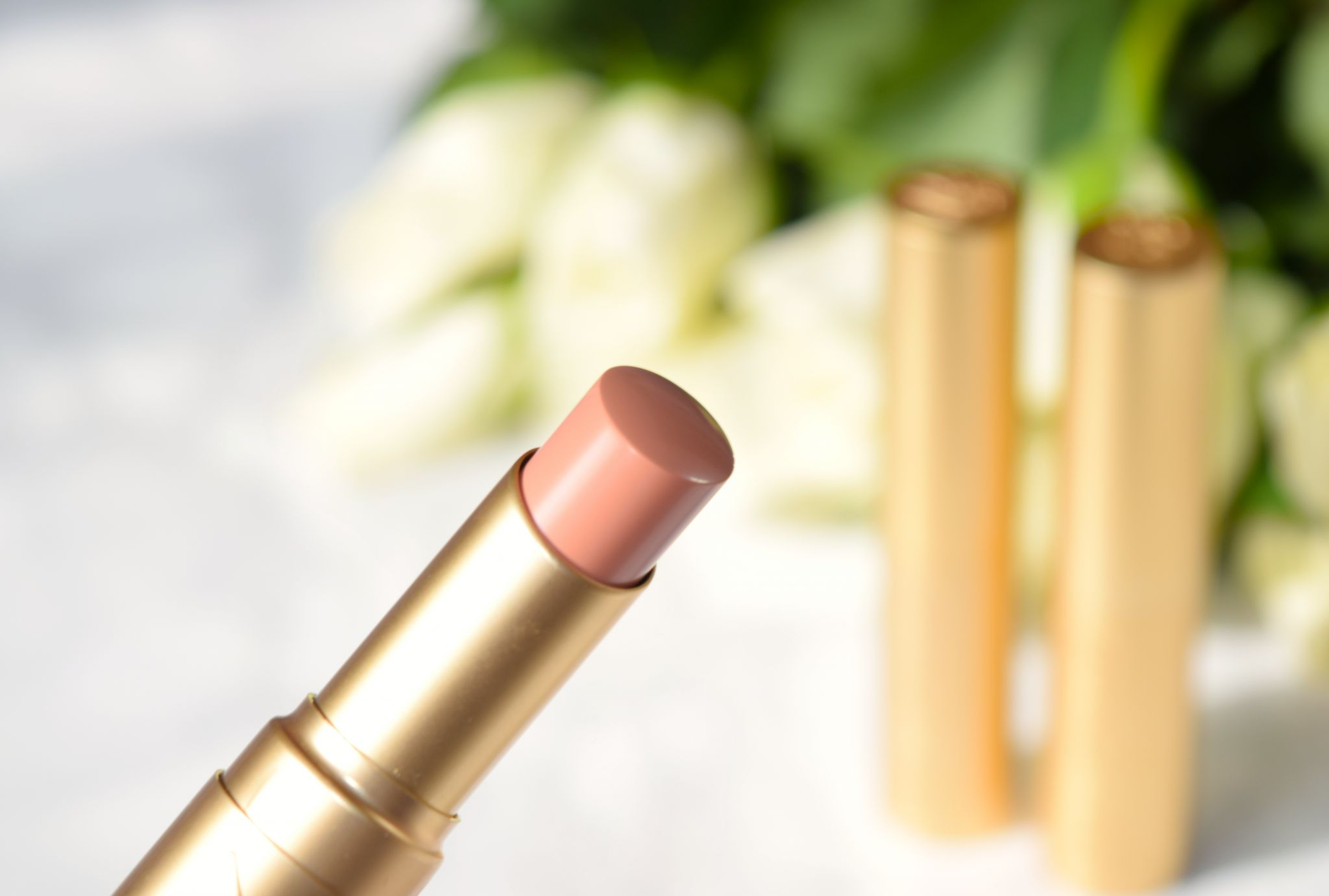 Too Faced La Creme Lipstick topless