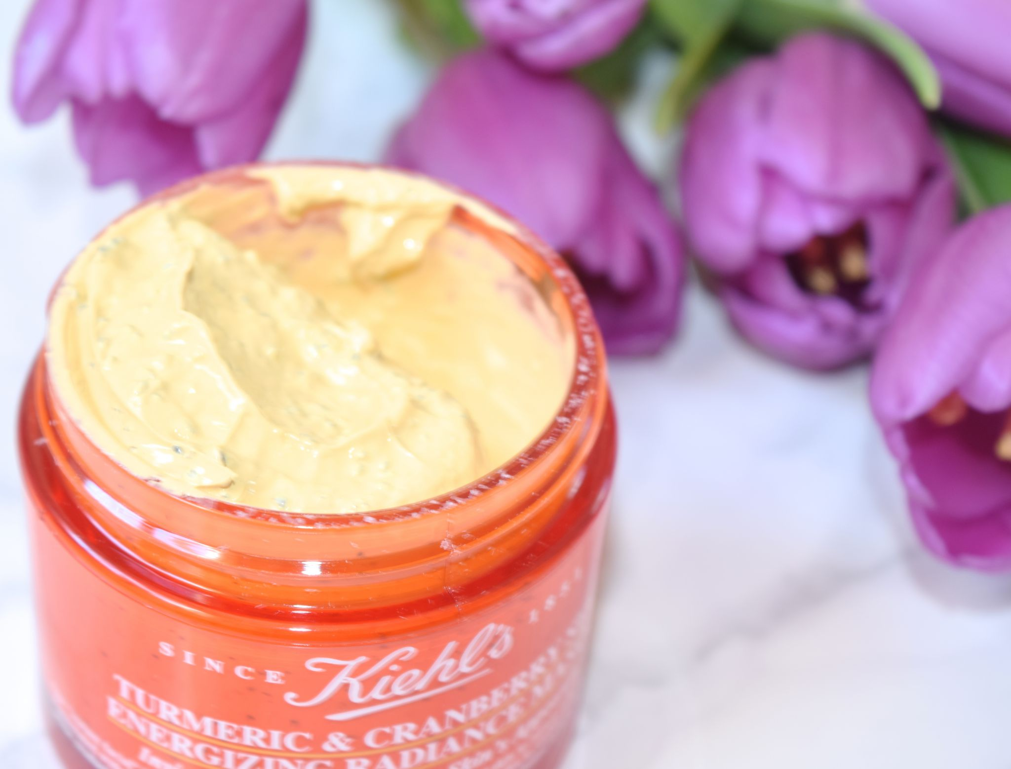 Kiehl's Turmeric and Cranberry Seed Energizing Mask 2