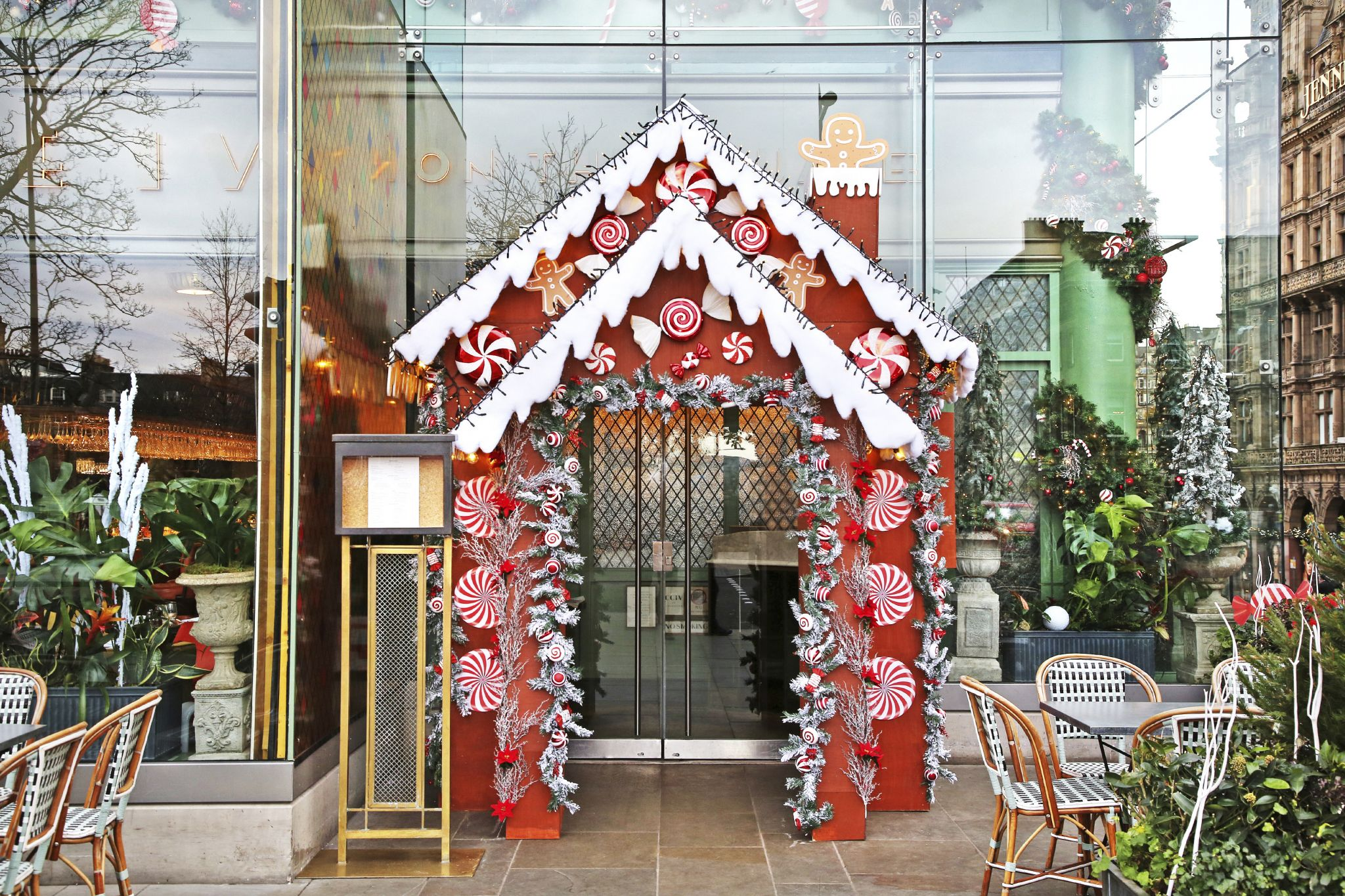 The Ivy-Christmas_19-2